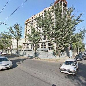 Алматы, Улица Ауэзова, 60: фото